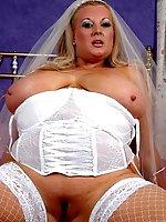 Wedding Dress bride Kirystn is definitely ready to fullfil her honeymoon fuck dream