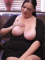 Young sexy fattie tricked into hot cock riding by a clever horny photographer